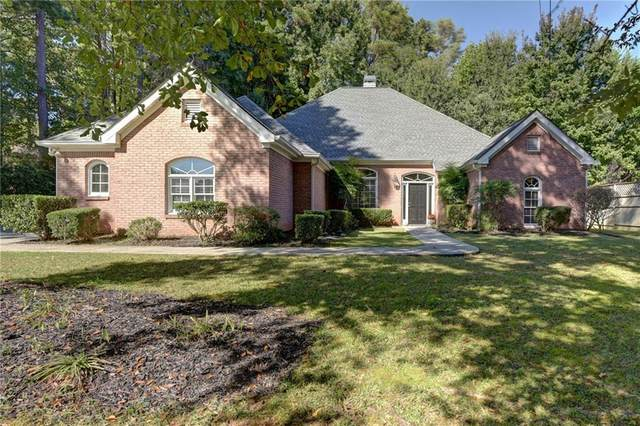 2735 Sewell Mill Road, Marietta, GA 30062 (MLS #6879849) :: Tonda Booker Real Estate Sales