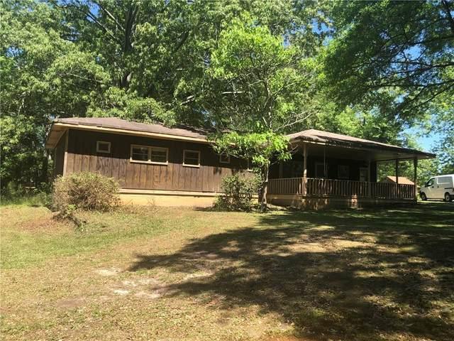 21 W Lake Drive, Oxford, GA 30054 (MLS #6879938) :: Tonda Booker Real Estate Sales
