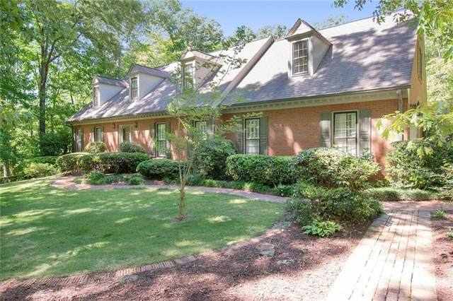 11825 Mountain Park Road, Roswell, GA 30075 (MLS #6880665) :: The Gurley Team