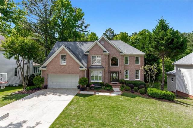 735 Amberton Close, Suwanee, GA 30024 (MLS #6880719) :: North Atlanta Home Team