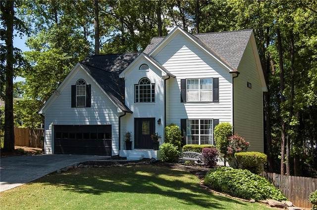 951 Hounds Ridge Court, Lawrenceville, GA 30043 (MLS #6881577) :: North Atlanta Home Team