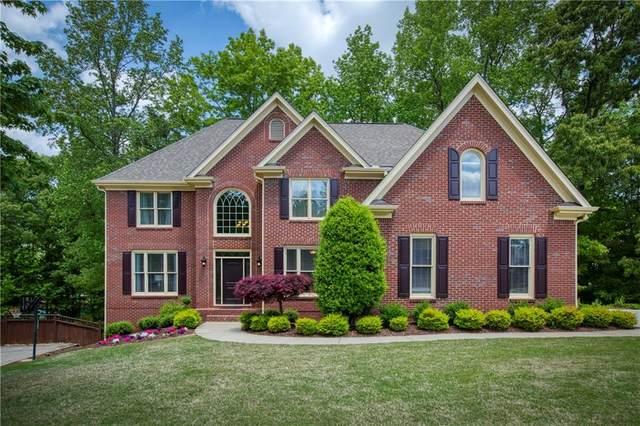 2040 Brooke Forest Court, Alpharetta, GA 30022 (MLS #6881649) :: North Atlanta Home Team