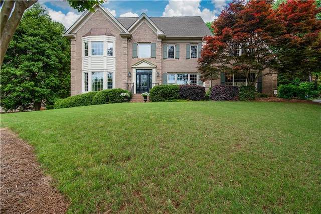 7740 Dunvegan Close, Sandy Springs, GA 30350 (MLS #6881750) :: Rock River Realty