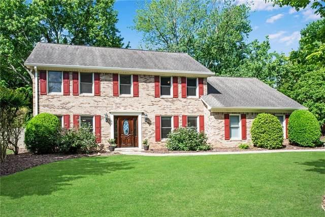 525 Saddle Creek Circle, Roswell, GA 30076 (MLS #6881852) :: Path & Post Real Estate