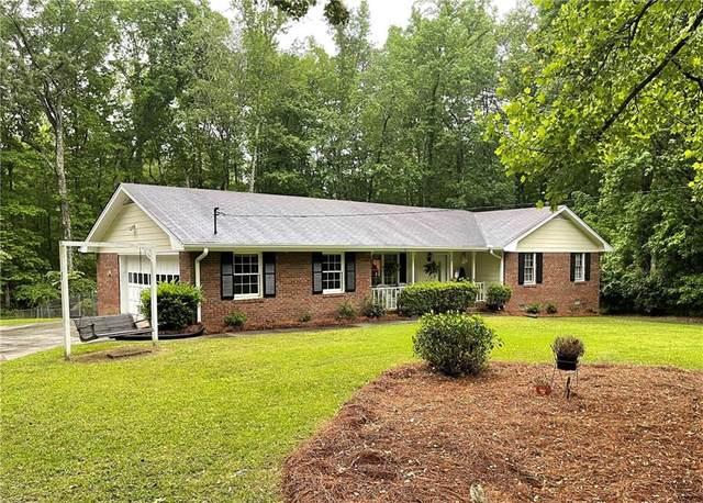 92 Fair Oaks Drive SE, Conyers, GA 30094 (MLS #6882179) :: North Atlanta Home Team