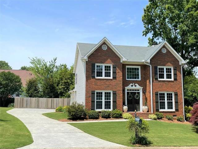 2211 Concord Square NE, Marietta, GA 30062 (MLS #6882682) :: The Kroupa Team | Berkshire Hathaway HomeServices Georgia Properties