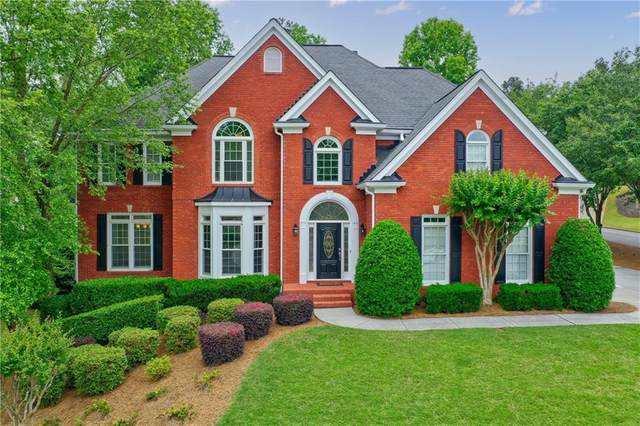 300 Willow Oak Court, Alpharetta, GA 30005 (MLS #6882689) :: North Atlanta Home Team