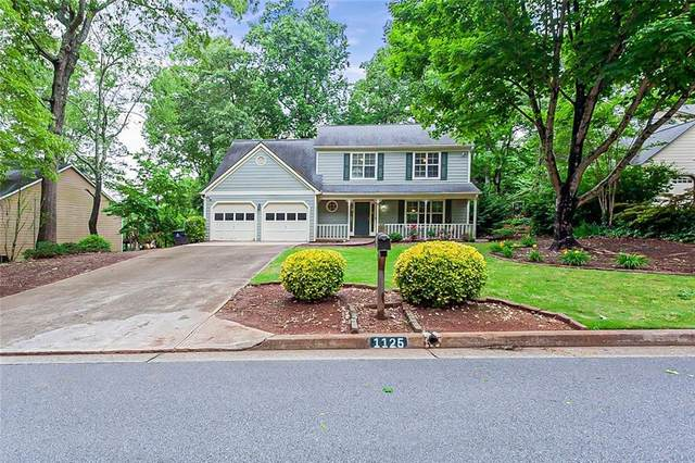 1125 Taylor Oaks Drive, Roswell, GA 30076 (MLS #6883073) :: The Kroupa Team | Berkshire Hathaway HomeServices Georgia Properties