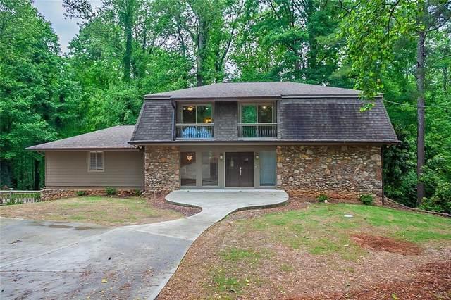 4623 Huntridge Drive NE, Roswell, GA 30075 (MLS #6883845) :: Charlie Ballard Real Estate