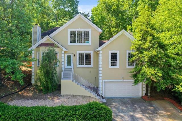 12175 Leeward Walk Circle, Alpharetta, GA 30005 (MLS #6884111) :: North Atlanta Home Team