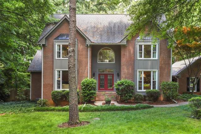 135 River Hollow Court, Johns Creek, GA 30097 (MLS #6884577) :: North Atlanta Home Team