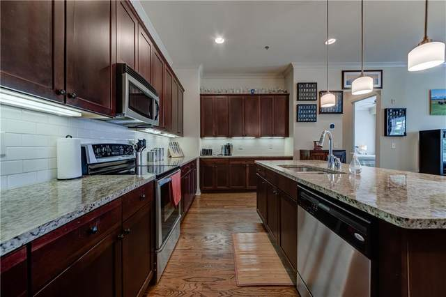 360 Chambers Street #102, Woodstock, GA 30188 (MLS #6887135) :: Kennesaw Life Real Estate