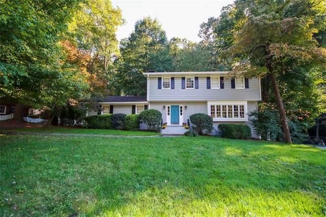 2740 Sagamore Hill Drive SE, Marietta, GA 30067 (MLS #6890579) :: Path & Post Real Estate