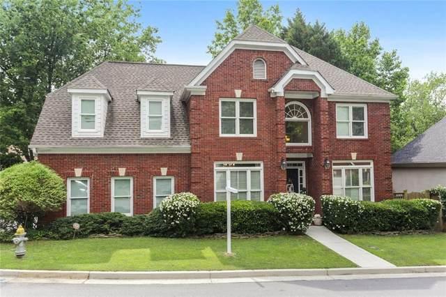 2242 Lenox Walk NE, Brookhaven, GA 30319 (MLS #6891633) :: Path & Post Real Estate
