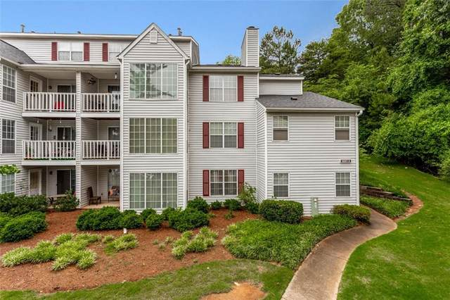 1301 Glenleaf Drive #1301, Peachtree Corners, GA 30092 (MLS #6896178) :: North Atlanta Home Team