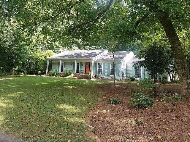 302 Lamplighter Lane SE, Marietta, GA 30067 (MLS #6896215) :: 515 Life Real Estate Company