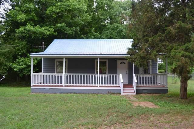 686 Peachtree Road, Jefferson, GA 30549 (MLS #6896375) :: 515 Life Real Estate Company