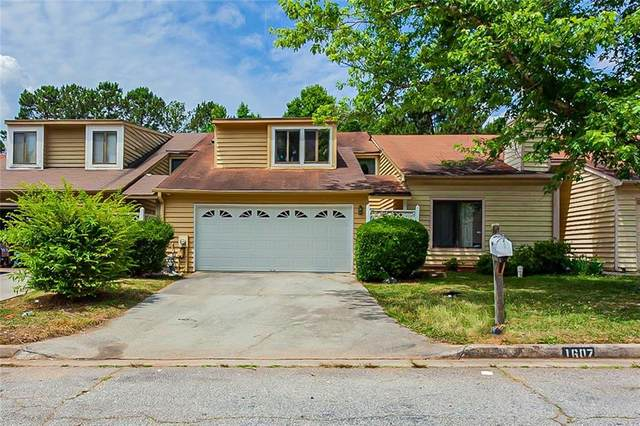 1607 Burnstone Drive, Stone Mountain, GA 30088 (MLS #6896708) :: North Atlanta Home Team