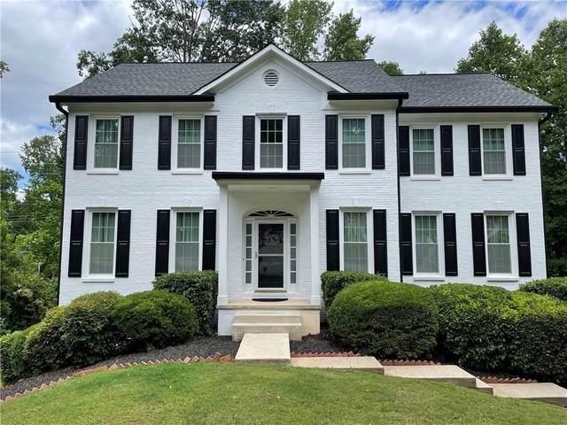 1045 Bellaire Court, Lawrenceville, GA 30043 (MLS #6896983) :: North Atlanta Home Team