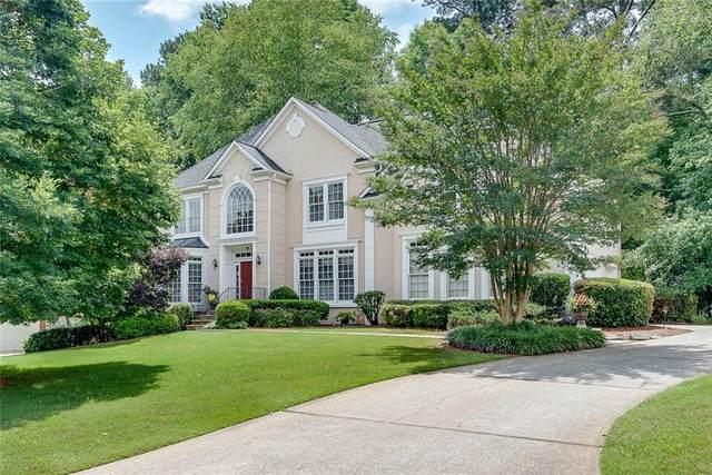 6090 Poplar Spring Drive, Peachtree Corners, GA 30092 (MLS #6896984) :: The Huffaker Group