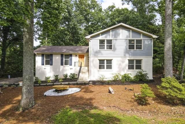 890 Valley Creek Drive, Stone Mountain, GA 30083 (MLS #6897435) :: North Atlanta Home Team