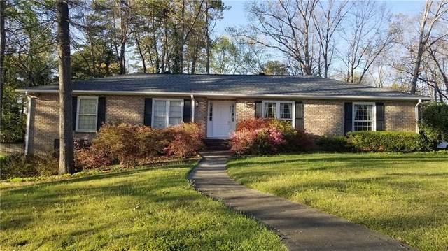 2294 Kings Point Drive, Dunwoody, GA 30338 (MLS #6898161) :: North Atlanta Home Team