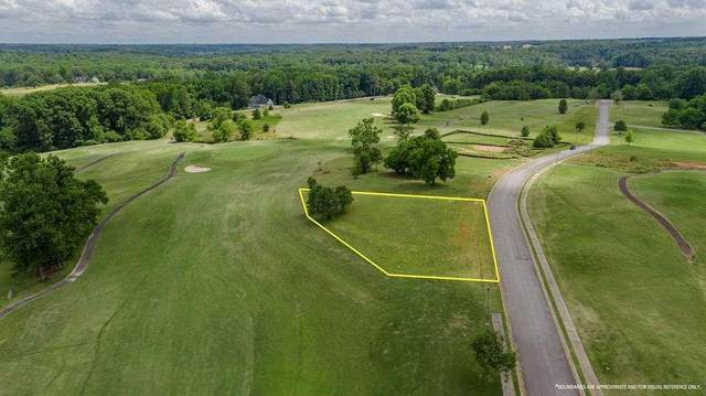 557 Club Drive, Commerce, GA 30530 (MLS #6898486) :: Charlie Ballard Real Estate