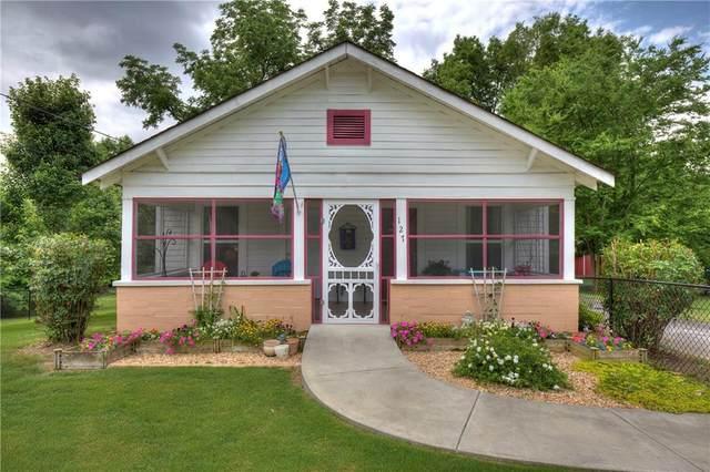 127 Peters Street, Calhoun, GA 30701 (MLS #6898693) :: 515 Life Real Estate Company