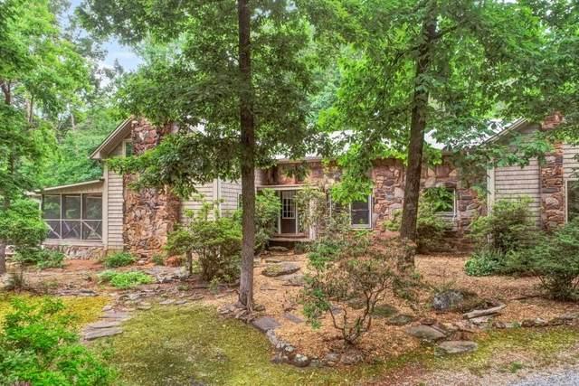 525 Driftwood Drive, Clarkesville, GA 30523 (MLS #6899459) :: Lucido Global