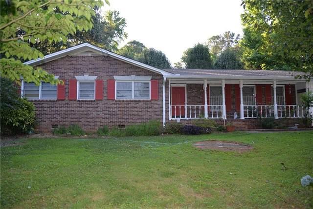 6075 Rockbridge School Road, Norcross, GA 30093 (MLS #6899584) :: Rock River Realty