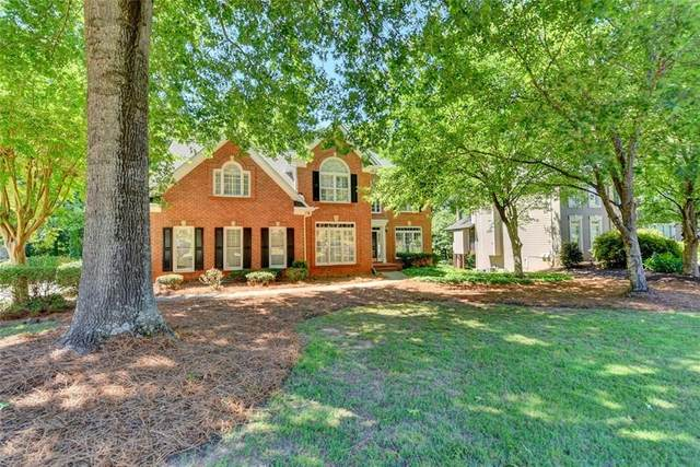 11790 Devon Downs Trail, Alpharetta, GA 30005 (MLS #6900054) :: North Atlanta Home Team