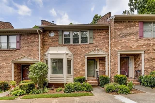 6055 Windsor Trace Drive, Peachtree Corners, GA 30092 (MLS #6900225) :: North Atlanta Home Team