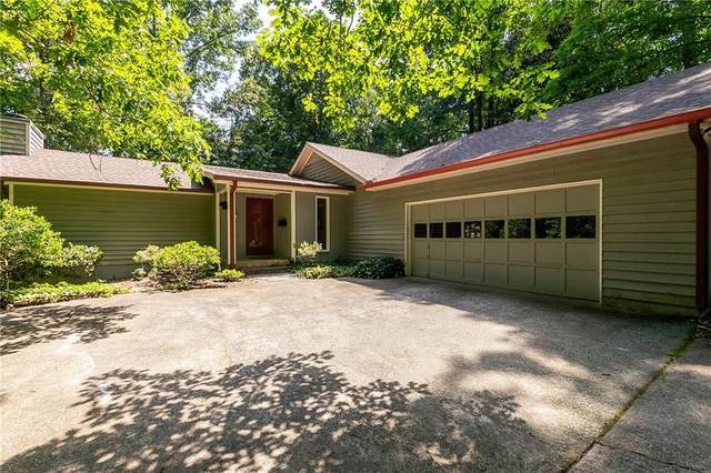 400 Woodvine Court, Roswell, GA 30076 (MLS #6900554) :: North Atlanta Home Team