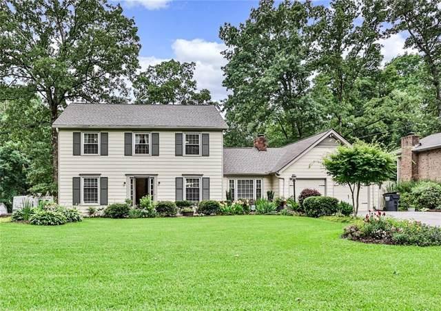 585 Bruce Way SW, Lilburn, GA 30047 (MLS #6900810) :: 515 Life Real Estate Company