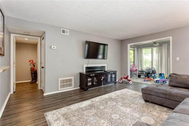 1707 Augusta Drive SE, Marietta, GA 30067 (MLS #6901313) :: Kennesaw Life Real Estate