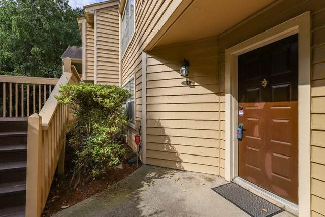 1418 N Crossing Drive, Atlanta, GA 30329 (MLS #6901391) :: Rock River Realty