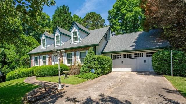 5352 Waterford Drive, Dunwoody, GA 30338 (MLS #6902658) :: North Atlanta Home Team