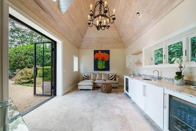 3350 Knollwood Drive NW, Atlanta, GA 30305 (MLS #6903243) :: Kennesaw Life Real Estate