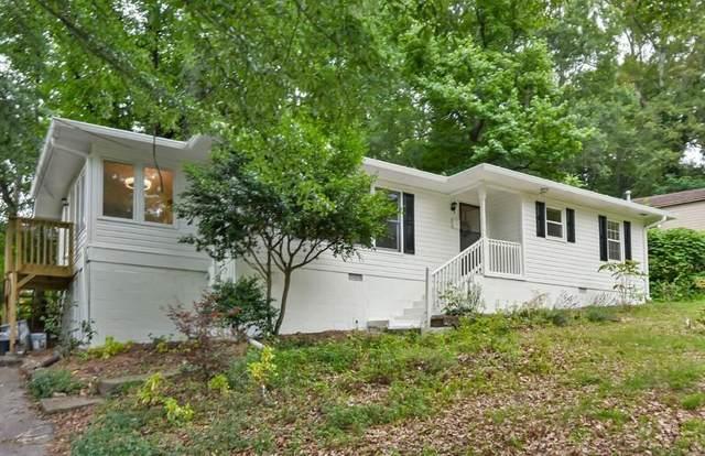 220 Woods Drive NE, Marietta, GA 30060 (MLS #6903370) :: North Atlanta Home Team