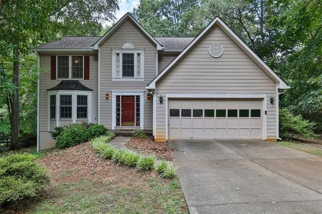 12090 Wallace Woods Lane, Alpharetta, GA 30004 (MLS #6905468) :: North Atlanta Home Team