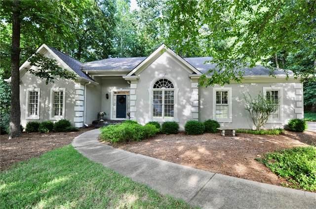 2607 Wendover Court, Buford, GA 30518 (MLS #6906638) :: AlpharettaZen Expert Home Advisors