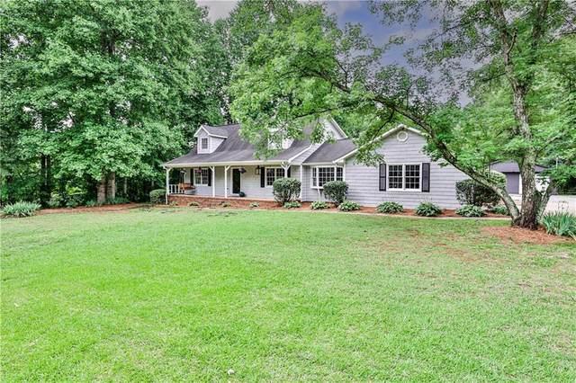 2134 E Cherokee Drive, Woodstock, GA 30188 (MLS #6908455) :: North Atlanta Home Team