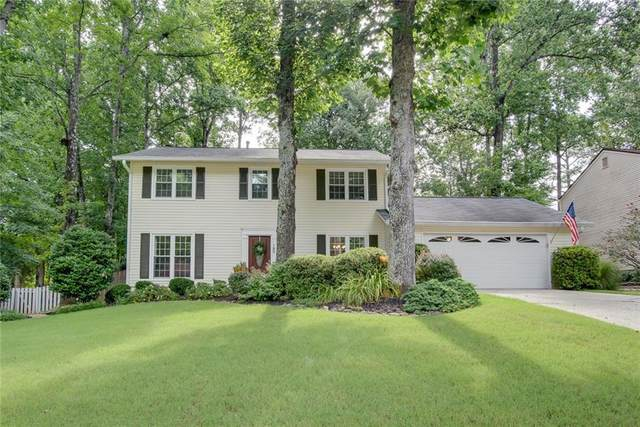 185 Barrington Drive E, Roswell, GA 30076 (MLS #6908581) :: North Atlanta Home Team