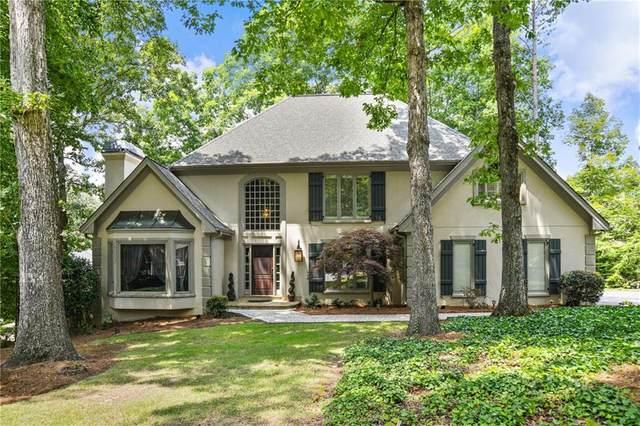 2565 Whisper Wind Court, Roswell, GA 30076 (MLS #6910520) :: Charlie Ballard Real Estate