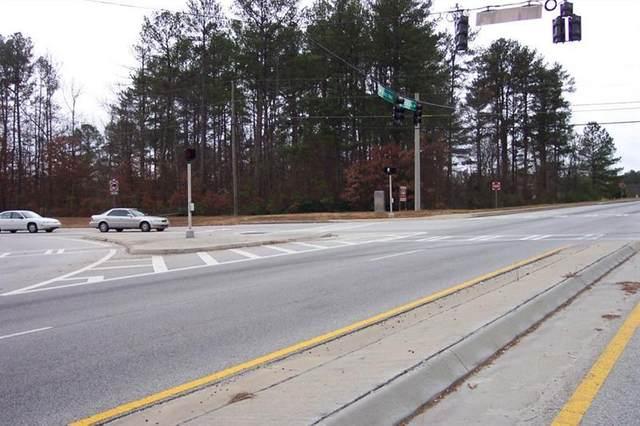 2600 Highpoint Road B, Snellville, GA 30078 (MLS #6910786) :: Todd Lemoine Team