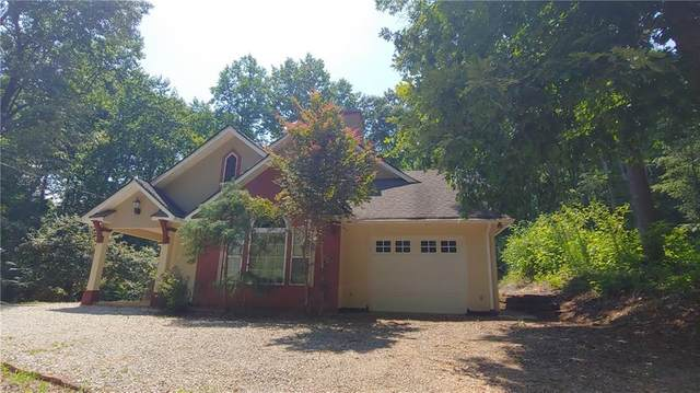 42 Hickory Place, Lavonia, GA 30553 (MLS #6911182) :: Path & Post Real Estate