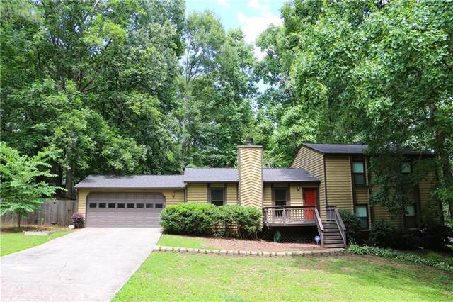 675 Ludlow Lane, Lawrenceville, GA 30044 (MLS #6911315) :: North Atlanta Home Team