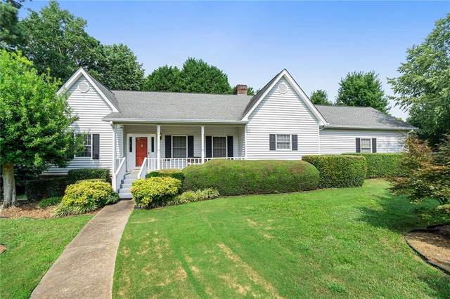 3754 Windsor Court, Gainesville, GA 30504 (MLS #6913950) :: North Atlanta Home Team