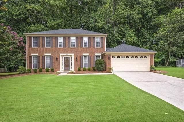 445 Barrington Drive E, Roswell, GA 30076 (MLS #6914322) :: North Atlanta Home Team
