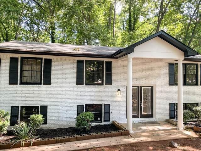 1697 Pine Glen Circle, Decatur, GA 30035 (MLS #6915656) :: North Atlanta Home Team